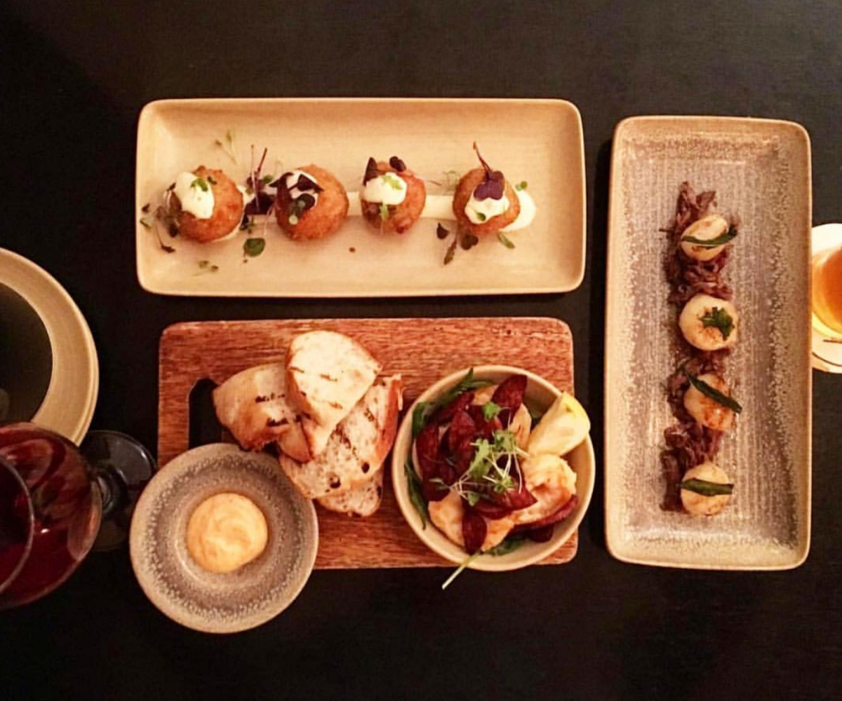 Share plates at Eltons Eating + Drinking, summer in Mudgee